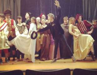 Drama Club ESPRIT - Maratón bratov Grimmovcov